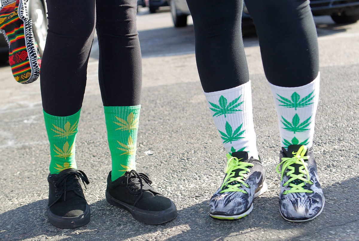 420 games socks