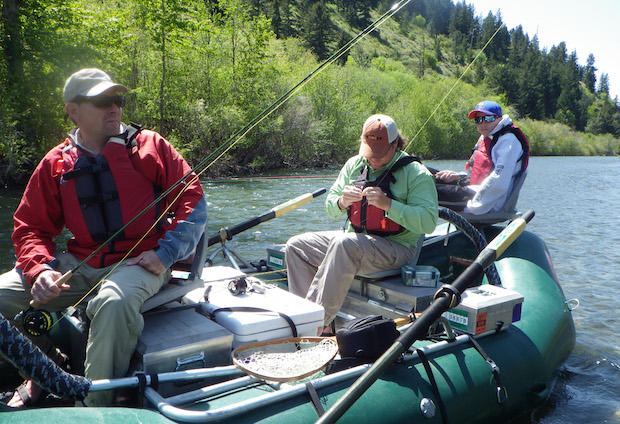 Action shot Raft-anglers-2
