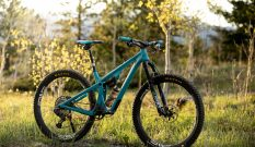 The Yeti SB115: A Cross-Country Bike for Riders Who Get Rowdy