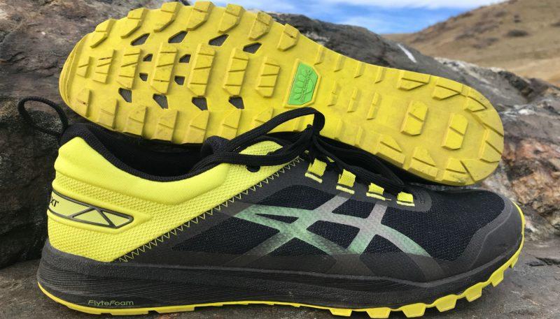 ASICS GECKO XT - Chaussures de running noir CS0rejEKzw