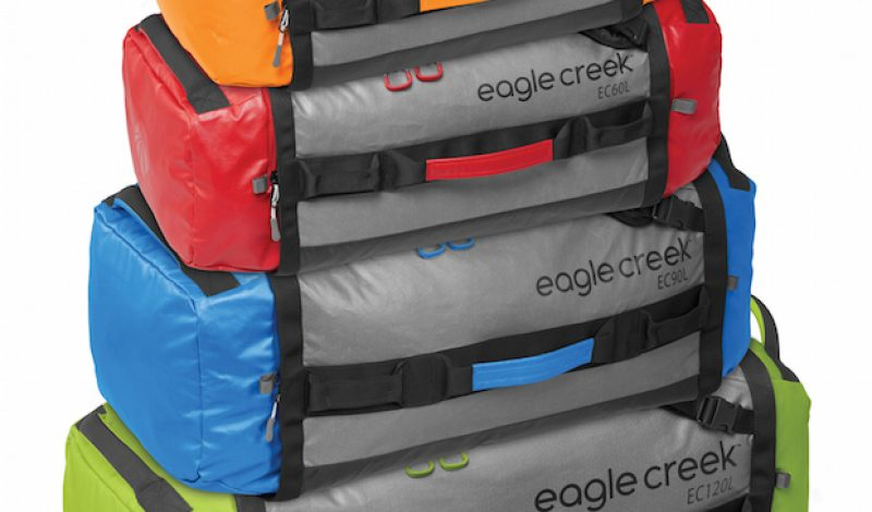 Video: Travel Light With the Eagle Creek Cargo Hauler Duffel