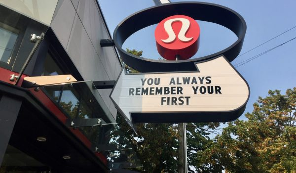 People Are #!%‡ing Crazy About Lululemon