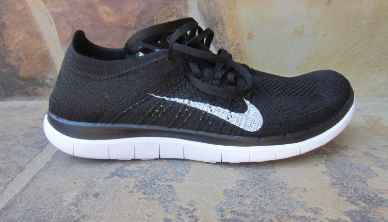 nike free flyknit with or without socks