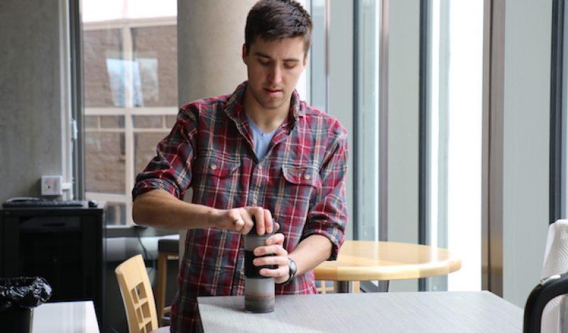 Meet the First True No-Mess Travel Coffee Press