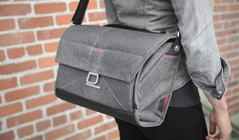 Meet the Messenger Bag That Earned $1 Million in 4 Days on Kickstarter