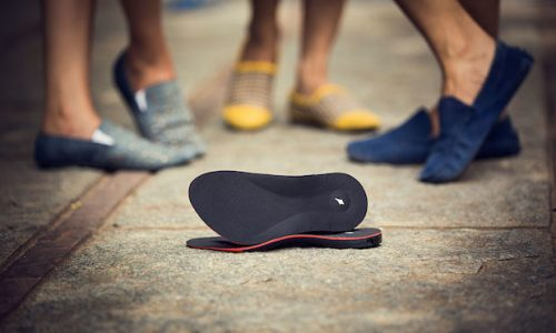 These Smart Insoles Add GPS Navigation to Your Shoes