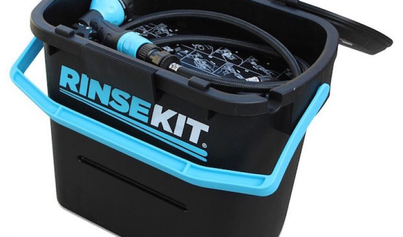 Rinse Kit is the Portable Shower You Didn't Know You Needed
